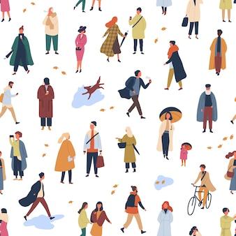 Winzige leute in trendiger kleidung, flaches nahtloses muster. junge und alte frauen und männer in der dekorativen kulisse der herbstkleidung. stilvolle jungs und mädchen tragen herbstsaison oberbekleidung tapeten design.