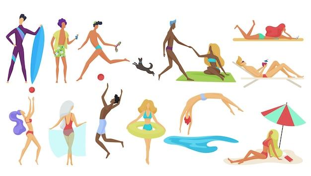 Winzige leute und paare in den sommerferien setzen strandsportaktivitäten ein