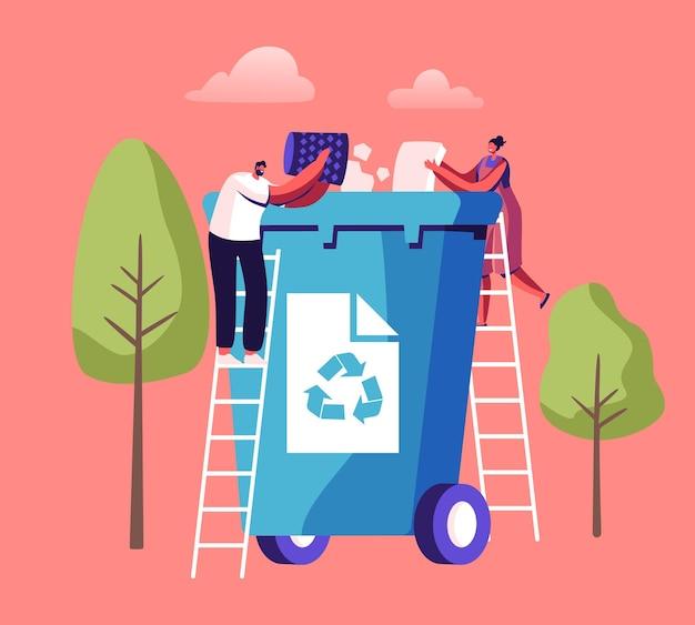 Winzige leute werfen papiermüll in riesigen abfallbehälter mit recycling-zeichen. stadtbewohner, die müll sammeln. cartoon-illustration