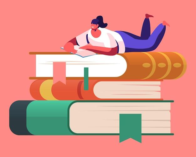 Winzige weibliche figur, die begeistert liest, auf riesigem bücherstapel liegend. cartoon-illustration