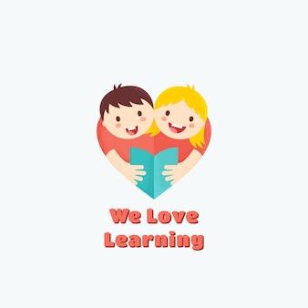 Wir lieben lernen, emblem oder logo-vorlage. jungen und mädchen lesen buch. herzform. lern- oder bildungskonzept.