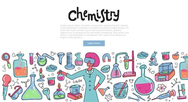 Wissenschaftlerfrau mit einem chemieglas chemische reaktion erklärend. bildungskonzept der chemiewissenschaft für fahnen.