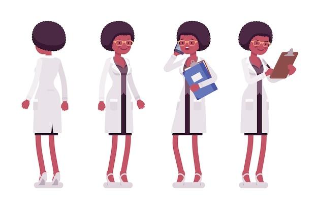 Wissenschaftlerin, die in verschiedenen posen steht