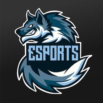 Wolf schnee eis maskottchen sport illustration design für logo esport gaming team squad