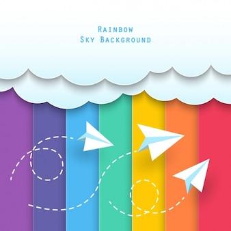 Wolken mit papier flugzeuge