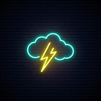 Wolken- und blitzleuchtreklame.