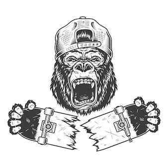 Wütender gorilla knackte skateboard