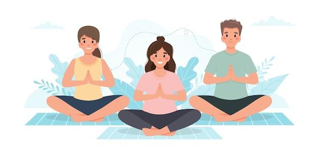 Yoga klasse. menschen, die zusammen yoga praktizieren.
