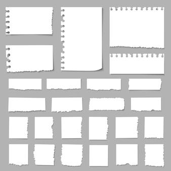 Zerrissene papierstücke, papierfetzen, zerrissene papiere, notizbuchpapier