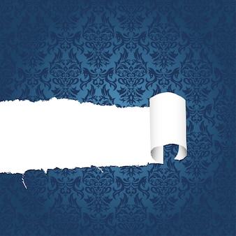 Zerrissenes dekoratives mit blumenpapier mit loch