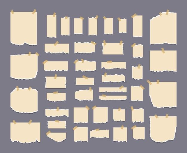 Zerrissenes notizbuchpapier in verschiedenen formen und größen texturseite strukturiertes notizblatt