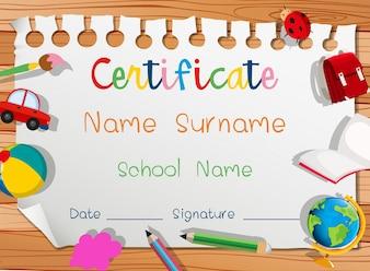 Zertifikatvorlage mit vielen Spielzeugen