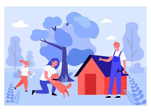 Zimmermann macht hundehütte für haustiere draußen. mutter, die mit hund, tochter mit knochen, mann mit hammer und flacher vektorillustration des nagels spielt. haustierkonzept für banner, website-design