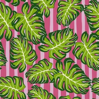 Zufällige grüne monstera hinterlässt nahtlose doodle-muster. rosa gestreifter hintergrund. tropischer druck. dekorative kulisse für stoffdesign, textildruck, verpackung, abdeckung. vektor-illustration.