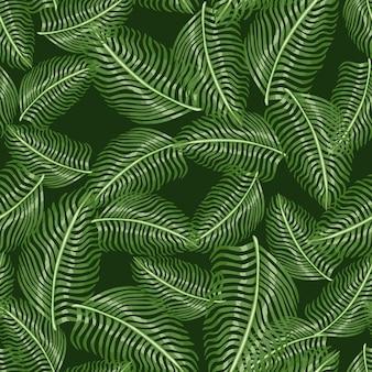 Zufälliges nahtloses muster mit exotischem druck der farnblatt-silhouetten. grüne kulisse der tropischen natur.
