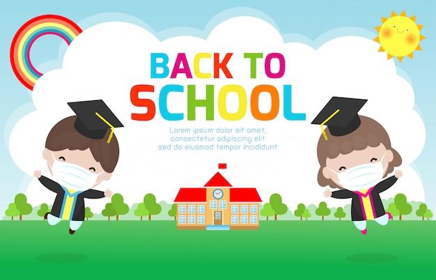 Zurück in die schule für ein neues normales lebensstilkonzept, abschlusskinder, die eine gesichtsmaske tragen, um das coronavirus 2019 ncov oder covid-19 zu verhindern, glückliche kinder, die springen, absolventen in kleidern mit diplom