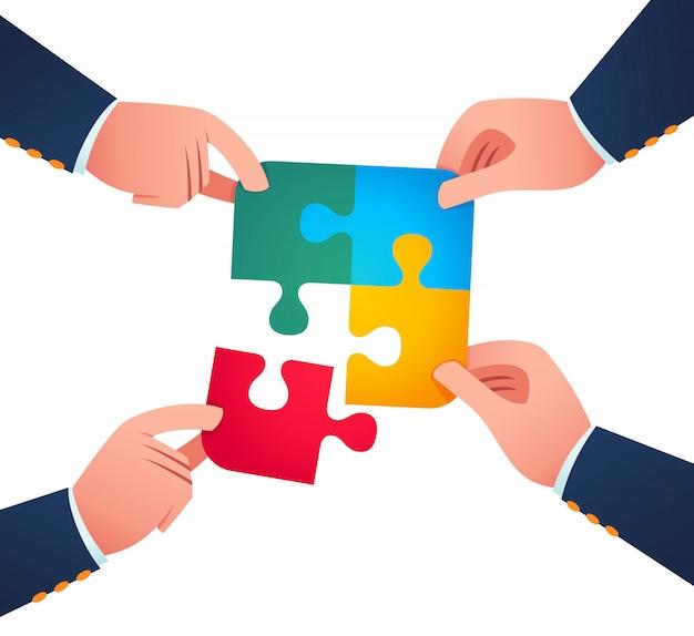 Zusammenarbeiten, um ein puzzleteil zu vereinen