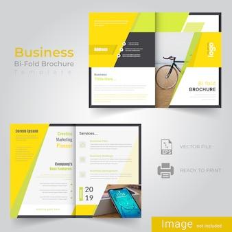 Zusammenfassung bifold broschüre design