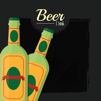 Zwei bierflaschen über schwarzem hintergrund