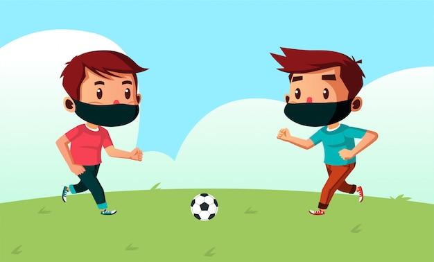 Zwei jungen tragen maske, die fußball auf neuer normalität spielt