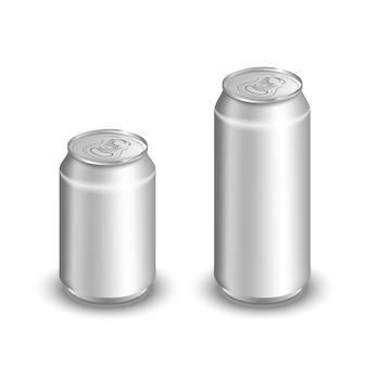 Zwei leere aluminiumdosen lokalisiert auf weiß