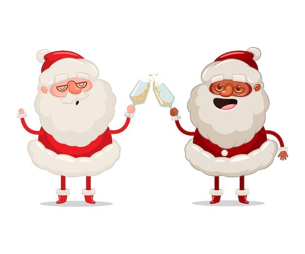 Zwei lustige weihnachtsmann mit gläsern champagner feiern weihnachtskarikaturfigur auf weißem hintergrund.
