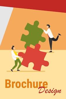 Zwei personen verbinden puzzleteile. kollegen oder partner, die gemeinsam an der lösung arbeiten, stellen eine flache vektorillustration zusammen. teamwork, herausforderungskonzept