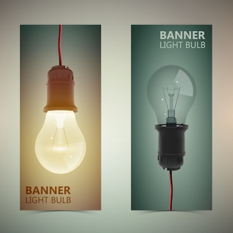 Zwei vertikale glühbirnen-banner-set mit realistischer glühbirne aus und an