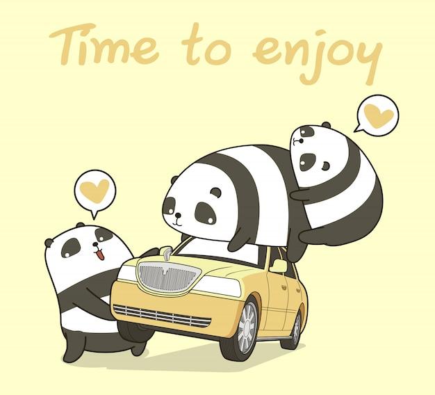 3 personagens de panda kawaii com um carro