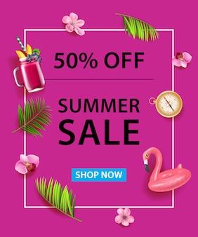 50% de desconto no cartaz. cocktail, tubo de mergulho, bússola, flores de orquídea e folhas de palmeira