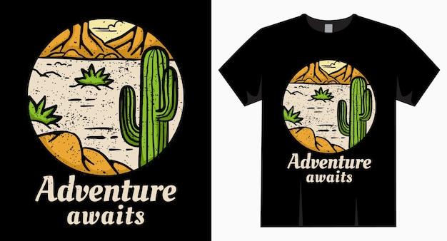 A aventura aguarda a tipografia com deserto e camiseta de cacto