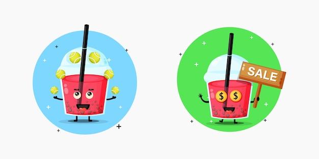A fofa mascote do chá de bolhas está jogando bola de tênis com uma placa de venda