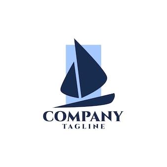 A ilustração de um iate é adequada para logotipos relacionados à indústria naval