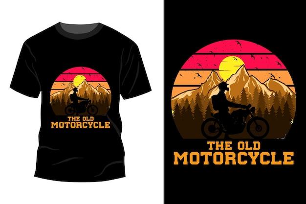 A velha maquete de t-shirt da motocicleta com design vintage retro
