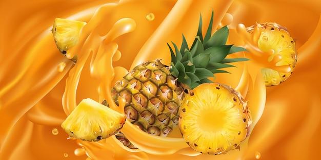 Abacaxi inteiro e fatiado em suco de fruta.