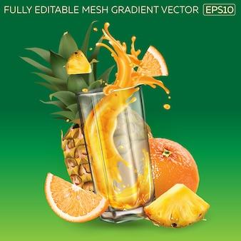 Abacaxi, laranja e respingos de suco em um copo.