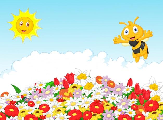 Abelha bonito com fundo natural de verão