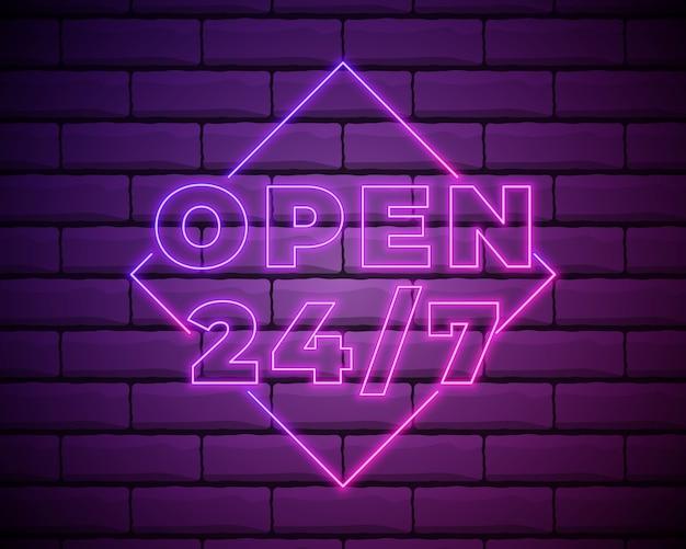 Abra 24 7 horas de luz neon na parede de tijolos.