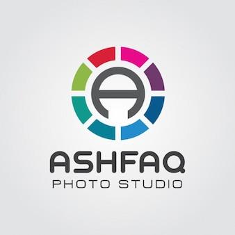 Abstract lens carta um logotipo