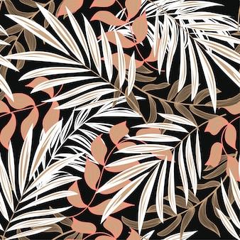 Abstrata sem costura padrão com folhas tropicais coloridas e plantas em fundo escuro