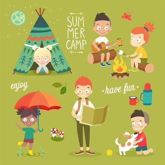 Acampamento de verão crianças curtindo a natureza, brincando e se divertindo