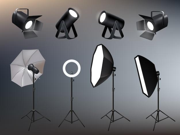 Acessórios de estúdio de fotografia. holofotes softboxes e brilho e luz vívida nos bastidores realistas