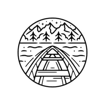 Adesivo ao ar livre vintage, patch, design de distintivo de pin. com barco e uma montanha schene