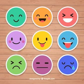 Adesivos coloridos de emoticons