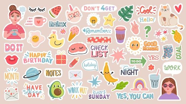 Adesivos de diário. palavras, personagens e citações para o diário do planejador. decoração de notebook na moda com meninas, comida e gatos. vetor de lembrete diário definido como xícara de café, carta de amor, arco-íris e lâmpada