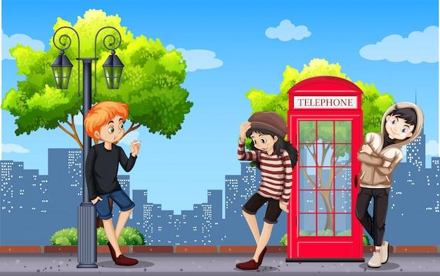 Adolescente urbano na cidade