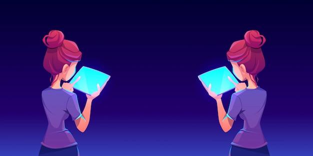 Adolescente usando tablet app vista traseira