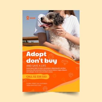Adote um modelo de panfleto vertical para animais de estimação