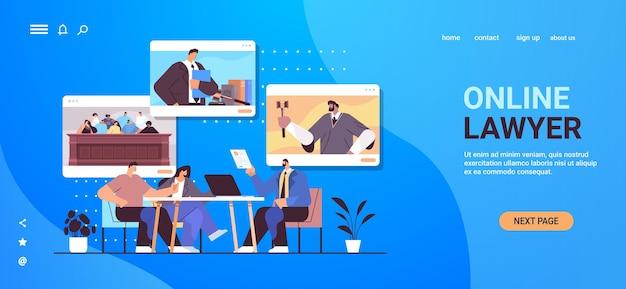 Advogado ou juiz masculino consulte discutindo com clientes durante a reunião de serviços de consultoria jurídica e jurídica conceito de consulta on-line espaço de cópia horizontal