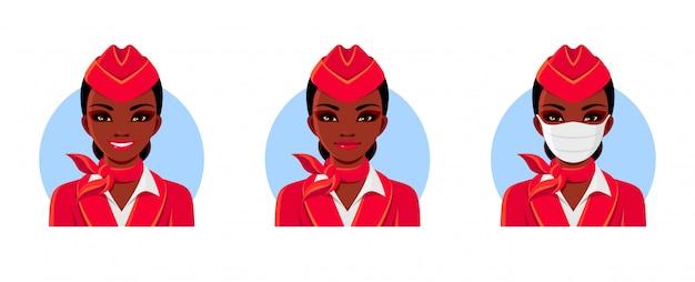 Aeromoça de uniforme vermelho. mulher afro-americana com sorriso e máscara médica. conjunto de avatares da aeromoça.